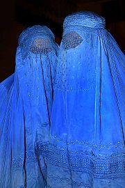 180px-Burqa_Afghanistan_01